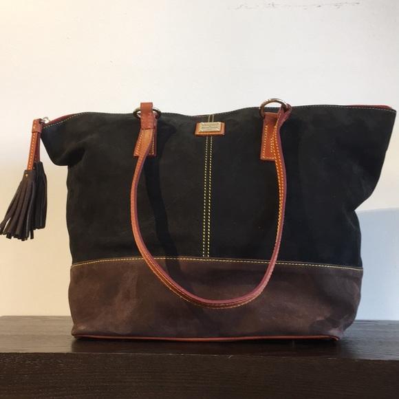 Dooney & Bourke Handbags - Black Leather Dooney & Bourke Tote Bag
